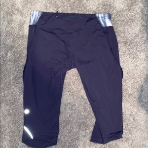Navy blue cropped lululemon leggings size 8